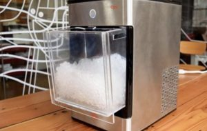 Ice Machines and Cold-Self Storage Units: Essentials to each Catering Business