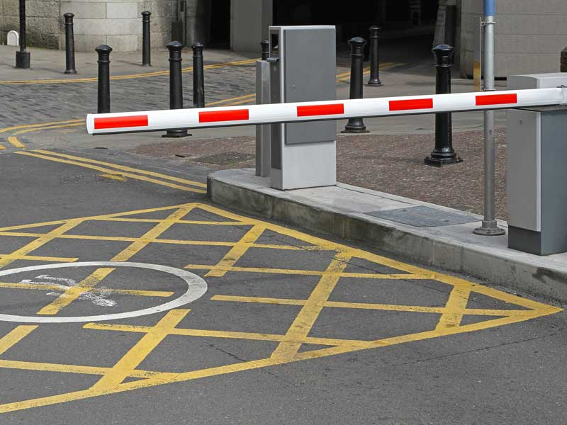 Four Reasons to Invest in an Automatic Barrier Gate for your Parking